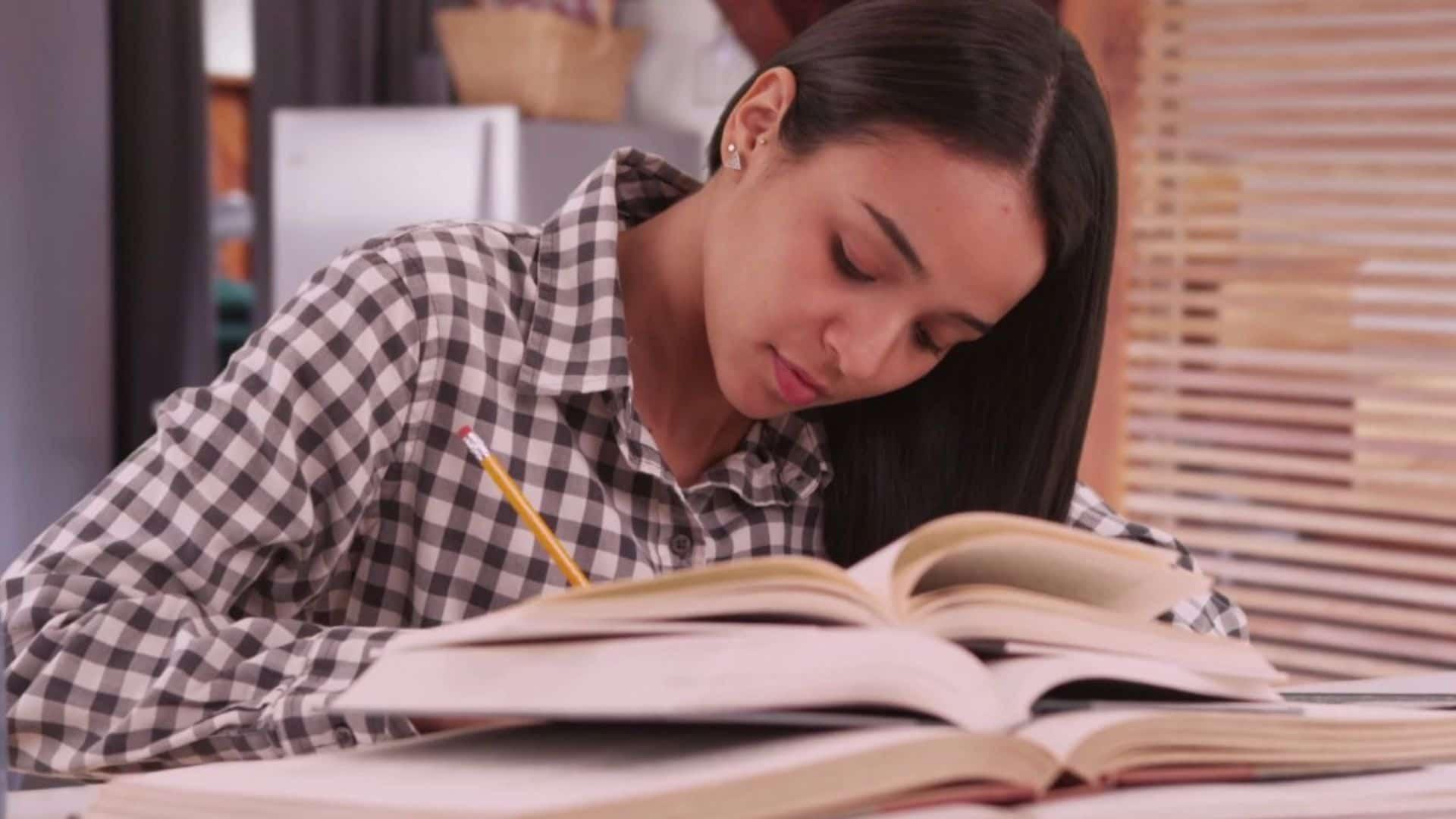 Girl Boring Homeword