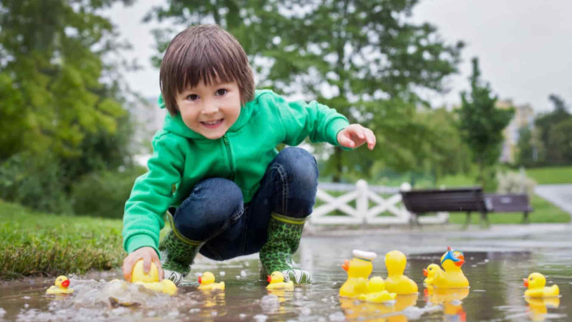 Play with Water Toys in Puddles