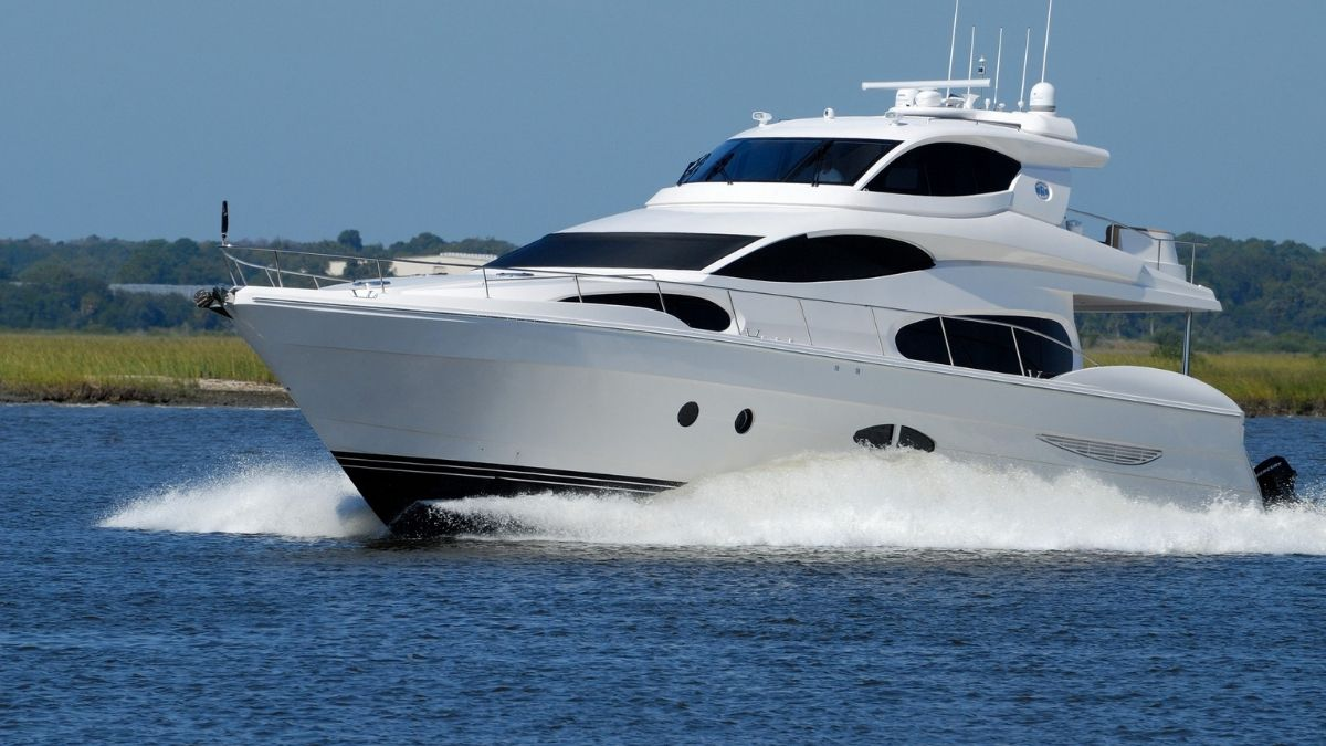 Rent a Yacht With boyfriend
